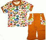 子供服 $88A レインボー 半そで&7分丈パジャマ:カラシ