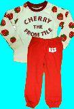 子供服 $A  ★100cm いちご長袖 パジャマ