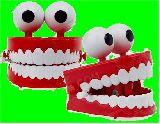 子供服 $※99RA ★大きめ カタカタ人形 ★目玉の歯★ ホラーフィギュア